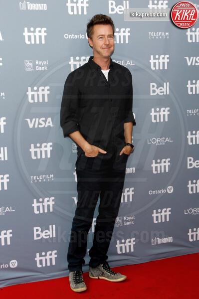 Ed Norton - Toronto - 11-09-2019 - Toronto 2019, Natalie Portman ancora cigno nero, ancora in Dior