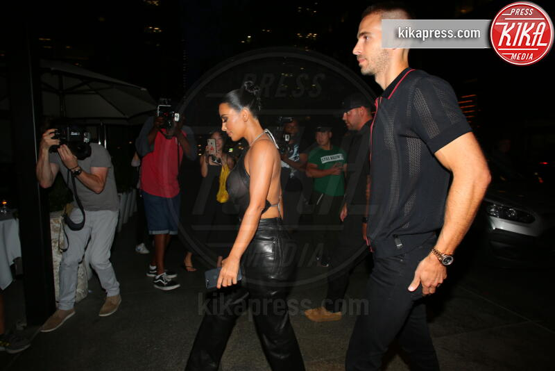 Kim Kardashian - New York - 11-09-2019 - Kim Kardashian e le trasparenze un po' troppo hot...