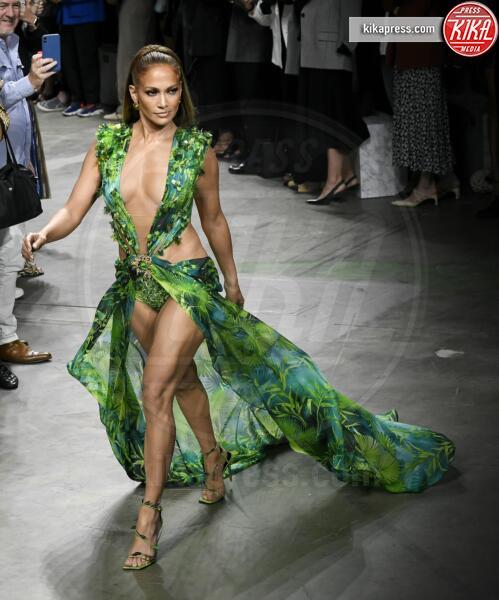 Jennifer Lopez - Milano - 20-09-2019 - Jennifer Lopez e il Jungle Dress: meglio oggi o meglio ieri?