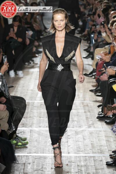 Sfilata Isabel Marant, Model, Eva Herzigova - Parigi - 26-09-2019 - PFW: Eva Herzigova torna in passerella per Isabel Marant