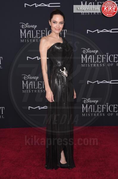 Angelina Jolie - Hollywood - 31-10-2019 - Angelina Jolie e le (rarissime) volte che ha scelto il colore