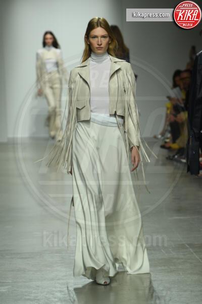 Sfilata Kristina Fidelskaya - Parigi - 30-09-2019 - Parigi Fashion Week: la sfilata di Kristina Fidelskaya