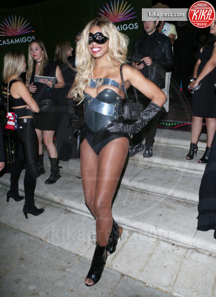 Laverne Cox - BH - 25-10-2019 - Halloween 2019: basta un Jungle Dress per trasformarsi in J Lo!