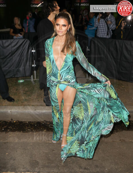 Lisa Rinna - Beverly Hills - 25-10-2019 - Halloween 2019: basta un Jungle Dress per trasformarsi in J Lo!