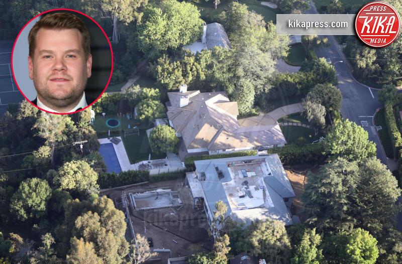 Casa James Corden, James Corden - Brentwood - 16-07-2019 - Brucia la California, in fiamme le case delle star