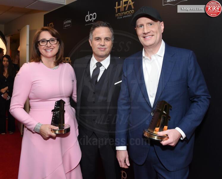 Victoria Alonso, Kevin Feige, Mark Ruffalo - Beverly Hills - 03-11-2019 - Antonio Banderas, agli Hollywood Film Awards con la sua Stella