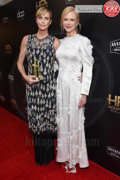 Charlize Theron, Nicole Kidman - Beverly Hills - 03-11-2019 - Antonio Banderas, agli Hollywood Film Awards con la sua Stella