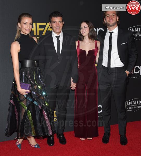 Eli Meyer, Nicole Kimpel, Stella Banderas, Antonio Banderas - Beverly Hills - 03-11-2019 - Antonio Banderas, agli Hollywood Film Awards con la sua Stella