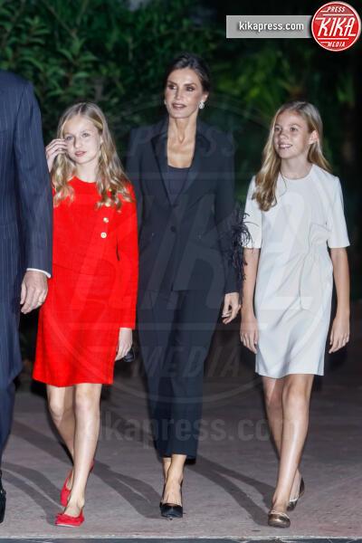 Principessa Leonor di Borbone, Principessa Sofia, Letizia Ortiz - Barcellona - 04-11-2019 - Principessa Leonor di Spagna, prove da regina