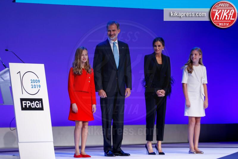 Principessa Leonor di Borbone, Re Felipe di Borbone, Principessa Sofia, Letizia Ortiz - Barcellona - 04-11-2019 - Principesse adolescenti sui troni d'Europa: le riconoscete?