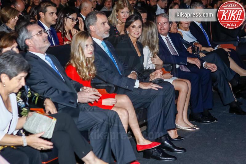 Principessa Leonor di Borbone, Re Felipe di Borbone, Principessa Sofia, Letizia Ortiz - Barcellona - 04-11-2019 - Principessa Leonor di Spagna, prove da regina