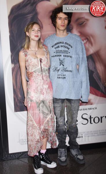 Ellery Harper - Los Angeles - 05-11-2019 - Scarlett Johansson, femme fatale in Vuitton per Marriage Story