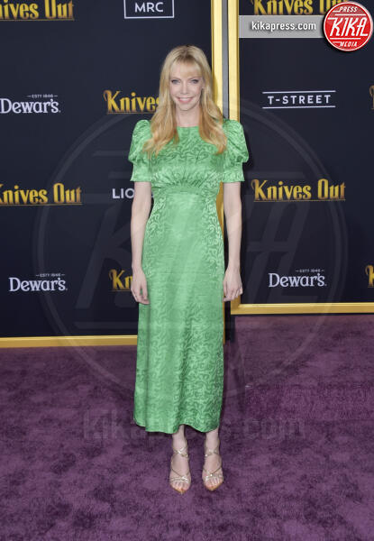 Riki Lindhome - Los Angeles - 14-11-2019 - Knives out, Katherine Langford in Valentino sul red carpet