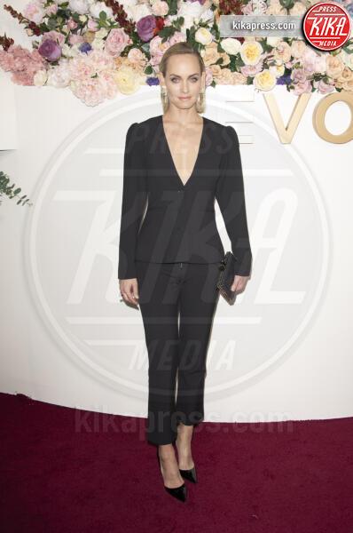 Amber Valletta - Los Angeles - 15-11-2019 - Revolve Awards, la sensualità è una sfida a colpi di look