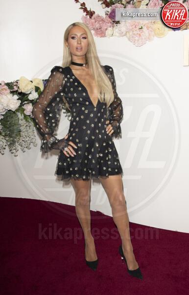 Paris Hilton - Los Angeles - 15-11-2019 - Revolve Awards, la sensualità è una sfida a colpi di look