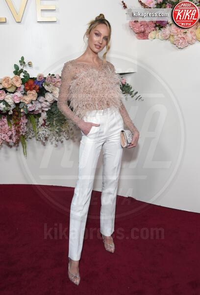 Candice Swanepoel - Hollywood - 15-11-2019 - Revolve Awards, la sensualità è una sfida a colpi di look