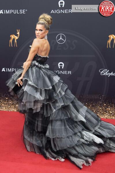Sylvie Meis - Baden Baden - 21-11-2019 - Naomi Watts, trasparenze in tulle Dior ai Bambi Awards
