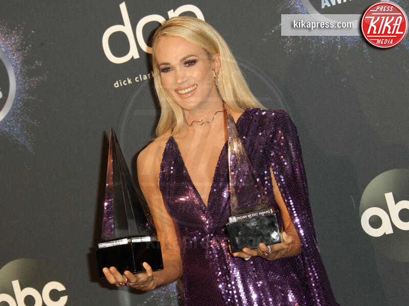 Carrie Underwood - Los Angeles - 25-11-2019 - American Music Awards 2019, Taylor Swift entra nella storia