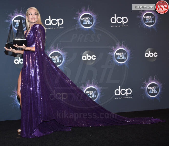 Carrie Underwood - Los Angeles - 04-01-2014 - American Music Awards 2019, Taylor Swift entra nella storia