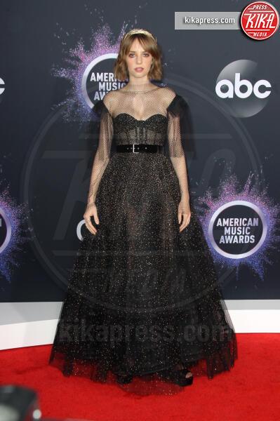 Maya Hawke - Los Angeles - 25-11-2019 - American Music Awards 2019, Taylor Swift entra nella storia