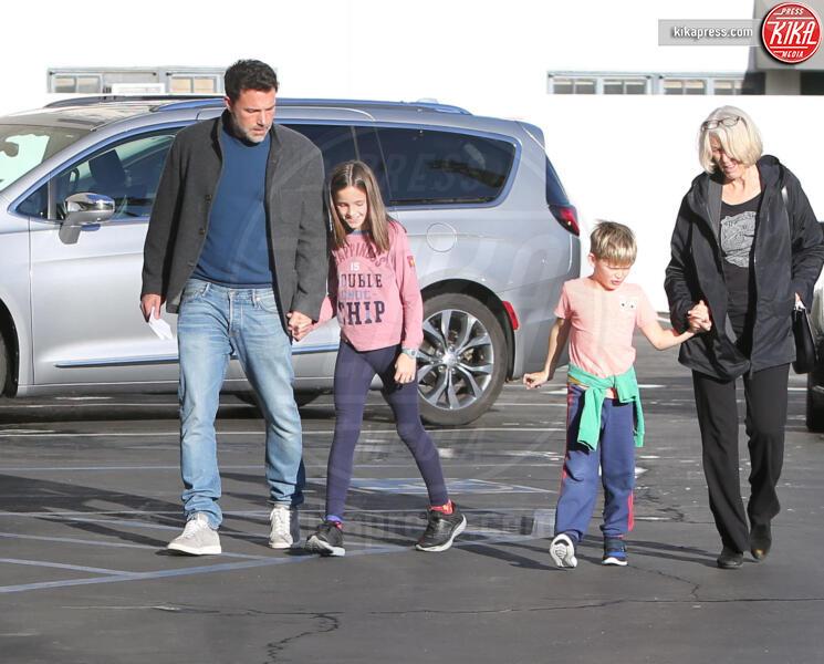Samuel Affleck, Seraphina Rose Elizabeth Affleck, Ben Affleck - Westwood - 27-11-2019 - Jennifer Garner-Ben Affleck, musi lunghi in famiglia