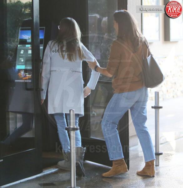 Violet Anne Affleck, Jennifer Garner - Westwood - 27-11-2019 - Jennifer Garner-Ben Affleck, musi lunghi in famiglia