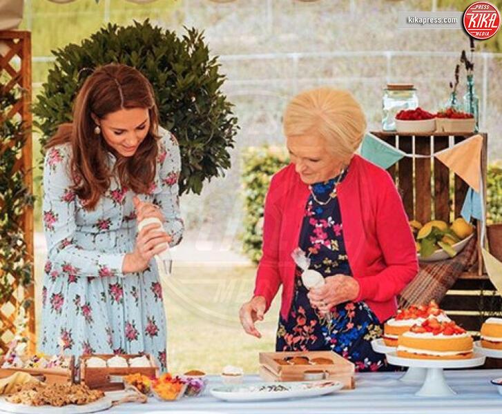 Mary Berry, Kate Middleton - Londra - 02-12-2019 - Kate Middleton, la regina dei biscotti di Natale