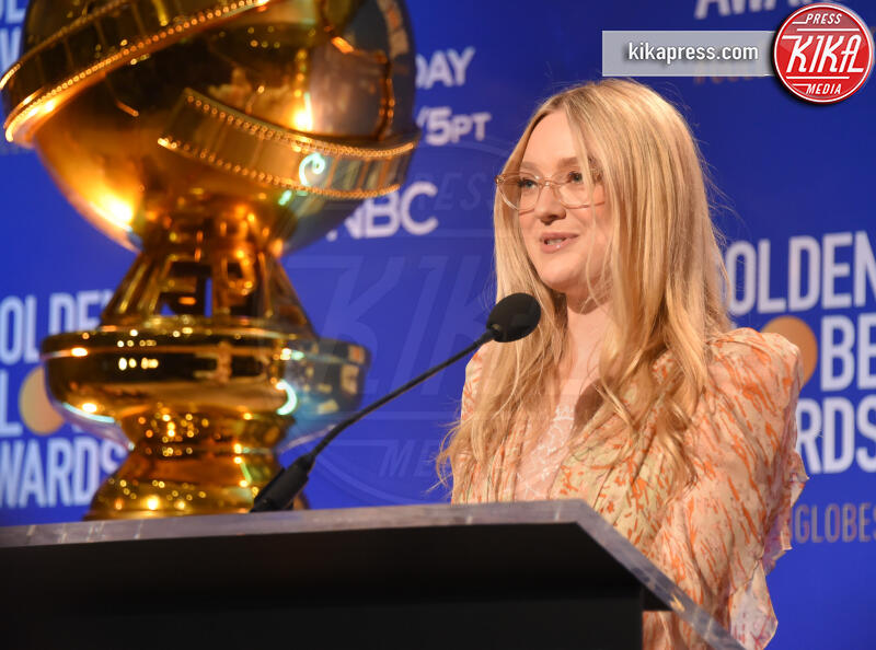 Dakota Fanning - Beverly Hills - 09-12-2019 - Golden Globes 2020: alle nomination trionfo The Crown e Scorsese