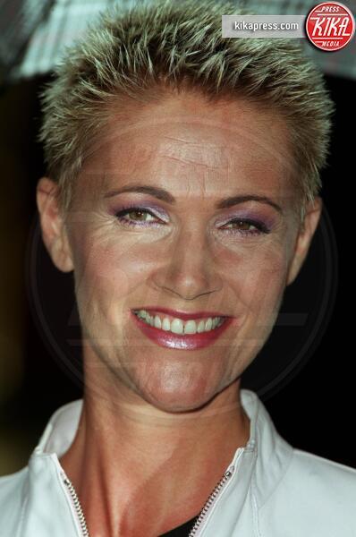 Marie Fredriksson, Roxette - 10-05-2000 - La musica in lutto: morta Marie Fredriksson, voce dei Roxette