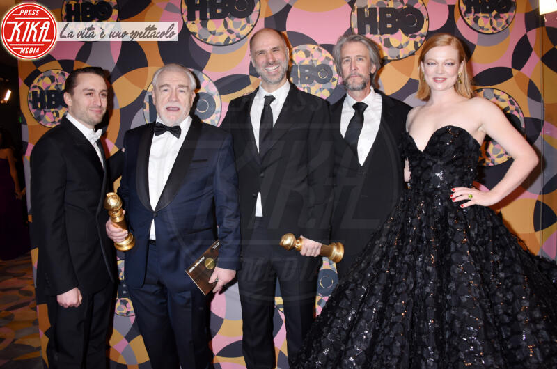 Jesse Armstrong, Sarah Snook, Alan Ruck, Kieran Culkin, Brian Cox - Beverly Hills - 05-01-2020 - Golden Globes 2020, Helen Mirren signora in rosso al party HBO