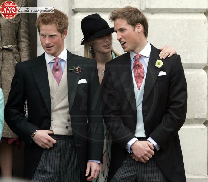 Zara Tindall, Principe William, Principe Harry - Londra - 09-04-2005 - Nuovo caso a Corte, ritirata la patente alla nipote della Regina