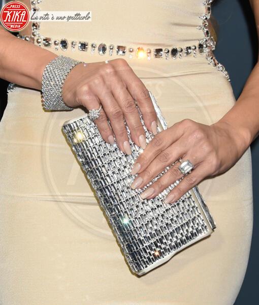 Jennifer Lopez - Santa Monica - 12-01-2020 - Critics' Choice Awards: Anne Hathaway, guardatela negli occhi!