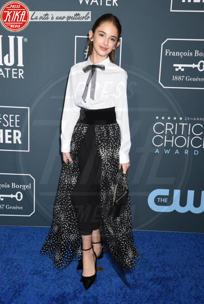 Julia Butters - Santa Monica - 12-01-2020 - Critics' Choice Awards: Anne Hathaway, guardatela negli occhi!