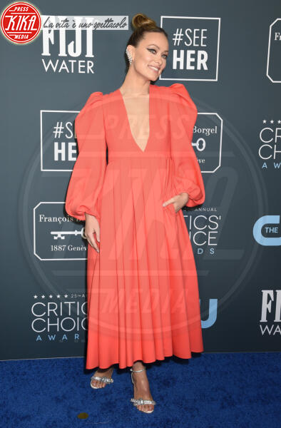 Olivia Wilde - Santa Monica - 12-01-2020 - Critics' Choice Awards: Anne Hathaway, guardatela negli occhi!