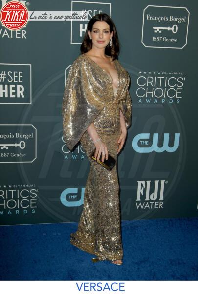 Anne Hathaway - Los Angeles - 13-01-2020 - Critics' Choice Awards 2020: gli stilisti sul red carpet