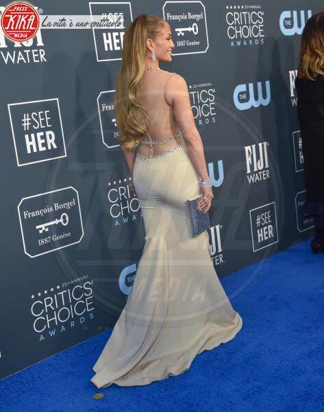 Jennifer Lopez - Santa Monica - 12-01-2020 - Critics' Choice Awards: Anne Hathaway, guardatela negli occhi!