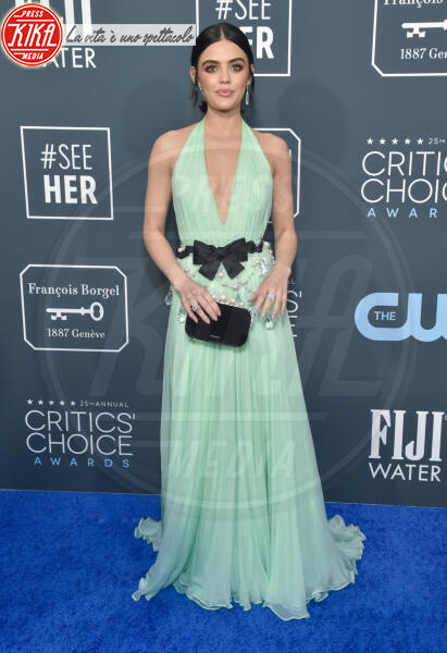 Lucy Hale - Santa Monica - 12-01-2020 - Critics' Choice Awards: Anne Hathaway, guardatela negli occhi!