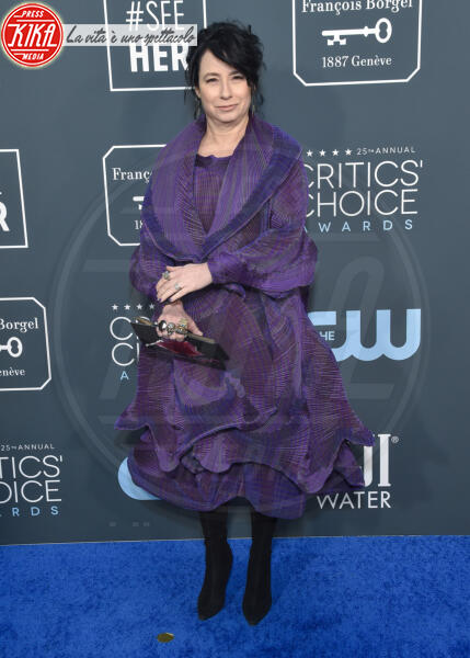 Amy Sherman-Palladino - Santa Monica - 12-01-2020 - Critics' Choice Awards: Anne Hathaway, guardatela negli occhi!