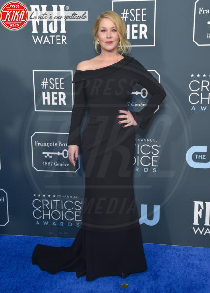 Christina Applegate - Santa Monica - 12-01-2020 - Critics' Choice Awards: Anne Hathaway, guardatela negli occhi!