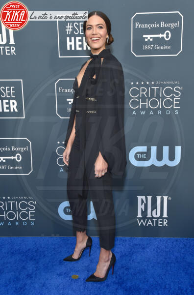 Mandy Moore - Santa Monica - 12-01-2020 - Critics' Choice Awards: Anne Hathaway, guardatela negli occhi!