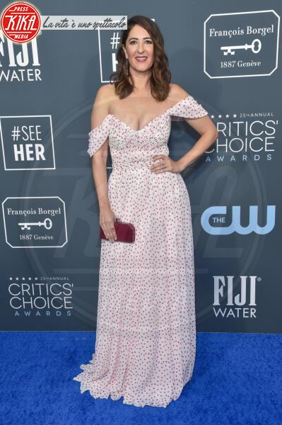 D'Arcy Carden - Santa Monica - 12-01-2020 - Critics' Choice Awards: Anne Hathaway, guardatela negli occhi!