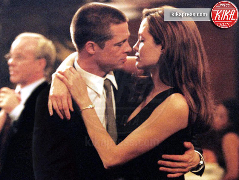 Angelina Jolie, Brad Pitt - 21-01-2008 - San Valentino: i baci più belli del cinema