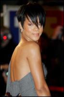 Rihanna - Cannes - 27-01-2008 - Rihanna coivolta in un incidente stradale dopo i Grammy
