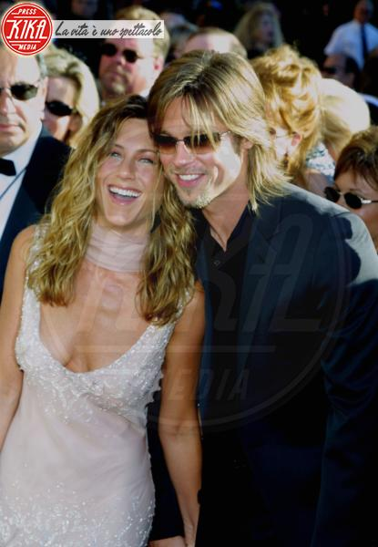 Jennifer Aniston, Brad Pitt - Los Angeles - 19-11-2001 - Tensione tra Jennifer Aniston e Brad Pitt al Toronto Film Fest