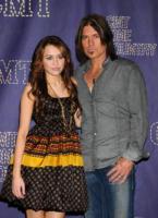 Billy Ray Cyrus, Miley Cyrus - Nashville - 14-04-2008 - Nuovo scandalo per la star della Disney Miley Cyrus