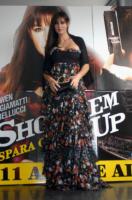 Monica Bellucci - Roma - 04-04-2008 - La Bellucci dice sì al bracciale antistupro