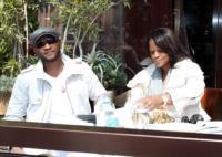 Tameka Foster, Usher - Los Angeles - Usher abbandona i Grammy per un urgente problema familiare