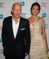 Emma Heming, Bruce Willis - New York - 25-04-2008 - Gli eroi di film d'azione hanno il cuore tenero: Bruce Wilis si sposa, Harris Ford si fidanza