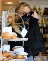 Lindsay Lohan - Hollywood - 15-04-2008 - Lindsay Lohan perde due contratti per la sua negligenza