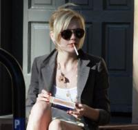 """Kirsten Dunst - Venice Beach - 19-12-2004 - Kirsten Dunst rivela:""""sono stata in clinica a causa della depressione"""